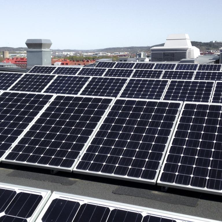 Göteborg Energi upphandlade 214 kvm solceller inom ramen för Sol i Väst 2013-2016.